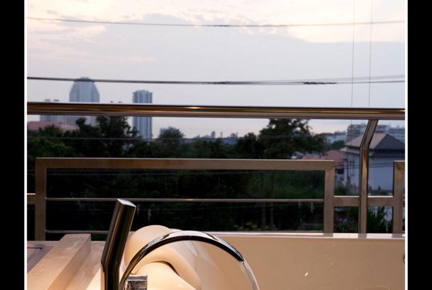 3rd Balcony_2